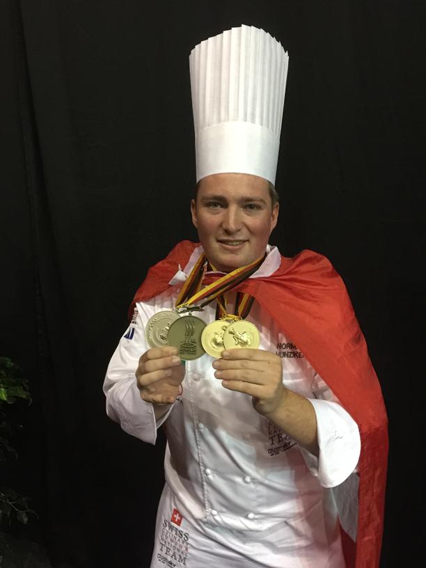 Norman mit Medallien